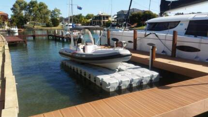Floating dock to suit 20ft boat. dry dock, pontoon. Port Lincoln 5606 Port Lincoln Area Preview