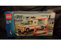 Lego 4431 Lego Ambulance 2012 retired. Boxed New