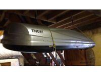 Largest Thule roof box Atlantis 900
