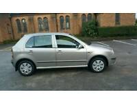 skoda fabia1.4 elegance FULL SERVICE HISTORY ONE DR OWNER NOT yaris toyota golf cheap bargain