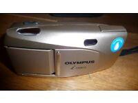 Olympus izoom75 Camera