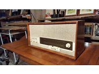 Halle 5120 Valve Radio