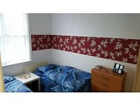 Nice tin room - share or private - to rent in Mile End, all bills included, free wifi, ID:700