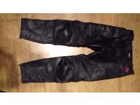 FRANK THOMAS MOTORCYCLE LEATHER TROUSERS. VERY GOOD CONDITION
