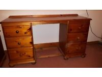 Antique pine Solid wood dressing table