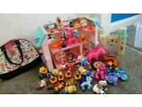 Dolls house, castle and lots of toys