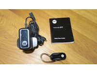 Motorola H17 Bluetooth Earpiece / Headset