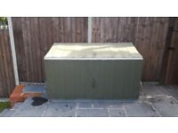 Metal storage shed, ideal for use in garden or side of a static caravan