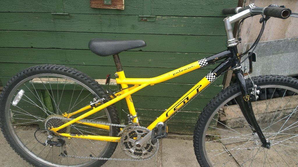 KIDS BIKES FOR SALE 14 INCH FRAMES , 26 INCH WHEELS, ALL £40 EACH ALL WORKING FINE