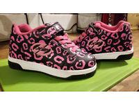 ☼☼ - Girls Heelys X2 Pink/Black Shoes Size 12 - ☼☼