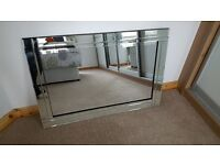 Bevelled mirror in great condition