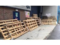 Pallets - Large and small - Free