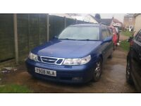 Cheap saab 9-5 estate auto, leather very good on fuel