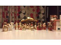 Thun Christmas Crib Set
