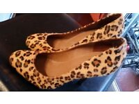 Hell Court KURT GEIGER real fur maculate paied 160£ only 9£!!!!! size 38