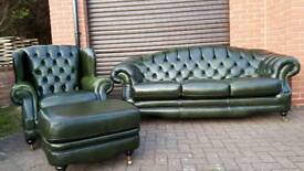 Chesterfield style Thomas Lloyd 3 piece suite. EXCELLENT CONDITION! BARGAIN!