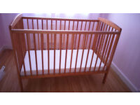 Child cot beds