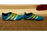 Childs astro truff trainers