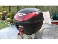 GIVI / SYM Motorcycle top box