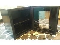 small drinks fridge. hardly used. nearly new condition. sher wood.