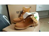 Size 5 timberlands