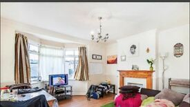 LEYTON PURPOSE BUILT 2 BED FLAT
