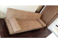 3 Seat Sofa bed in Excellent condition in Bracknell