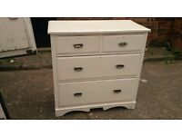 LARGE SOLID WOOD 4 DRAWER CHEST OF DRAWERS FREE LOCAL DELIVERY