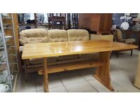 Pine Dining Table in Good Condition