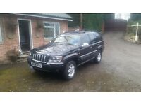 Grand cherokee jeep 2004 black
