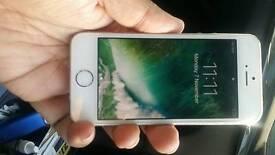 i phone 5s 16gb Unlooked.