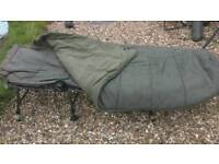 Fishing Nash H-gun bed chair with sleeping bag