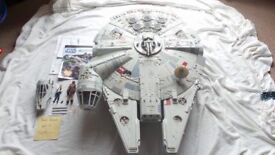 Star Wars legacy millennium falcon (boxed) with chest pieces new in bag never used