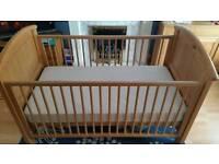 Cosatto Hogarth Cot Bed & Mattress