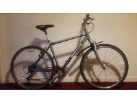 Wheeler 2600 Men's Hybrid Bike
