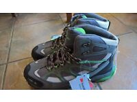 Brand New Mens Hiking Boot - Size 9