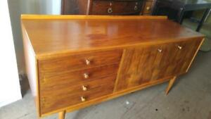 Oakville 60w x 20dp x 30h MID-CENTURY BUFFET CREDENZA SOLID WOOD Mint Teak Large Low Excellent Dining MCM Vintage