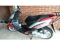 yamaha jog rr 50cc moped motorbike verry fast