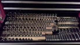 Halfords advanced 170 kit plus a draw full of sockets
