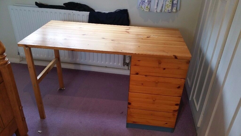Very nice Desk or Dressing table in excellent condition.