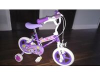 Girls first bike - in very good condition (with stabilizers)