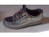 Mephisto walking shoe (size 5.5)