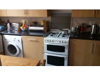 £550 pcm | A spacious double room in a house-share in Palmers Green