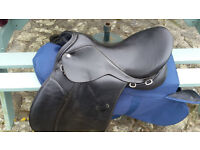"Black Collegiate GP Saddle 17"", Medium fit."