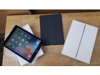 Apple iPad Pro with Wifi and Sim (unlocked) Like New