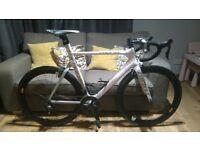 Giant Propel Advanced SL Aero Road Bike