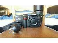 Nikon D7000 in very good condition. Shutter count only 15.500