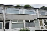 Large 2 bedroom flat, Hillside Court Chapel Allerton