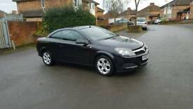 Astra Twintop convertible in perfect condition