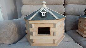 Wooden Bird Feeder with Felt roofing.